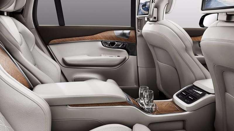 Volvo XC90 T8 Hybrid Interiors