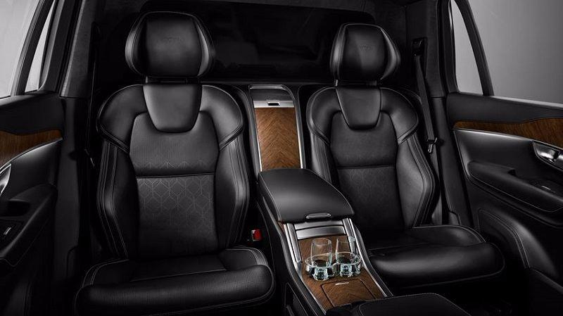 Volvo XC90 T8 Hybrid Rear seats