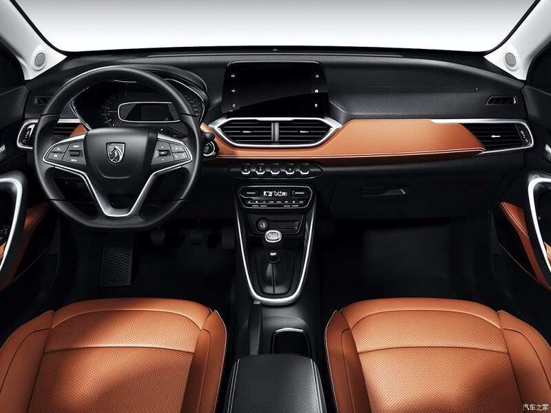 GM Baojun 510 interior