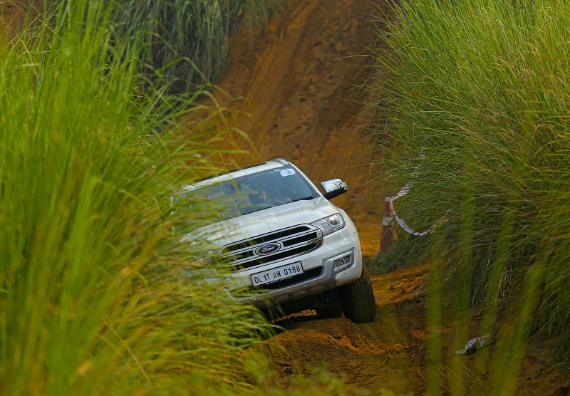 Ford Endeavour off road Review 3