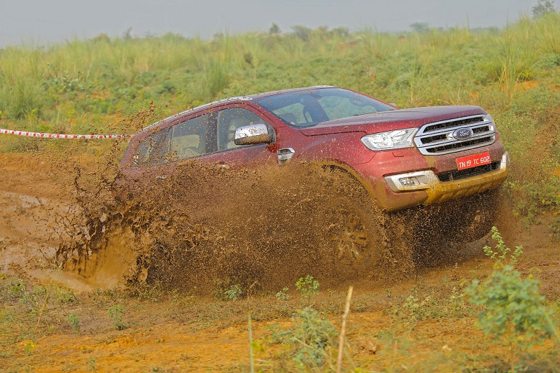 Ford Endeavour off road Review 4