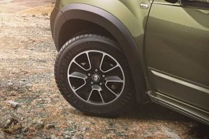 Renault Duster Adventure Edition Alloy Wheels