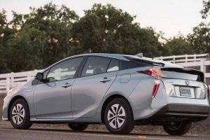 2016 Toyota Prius Hybrid price in India