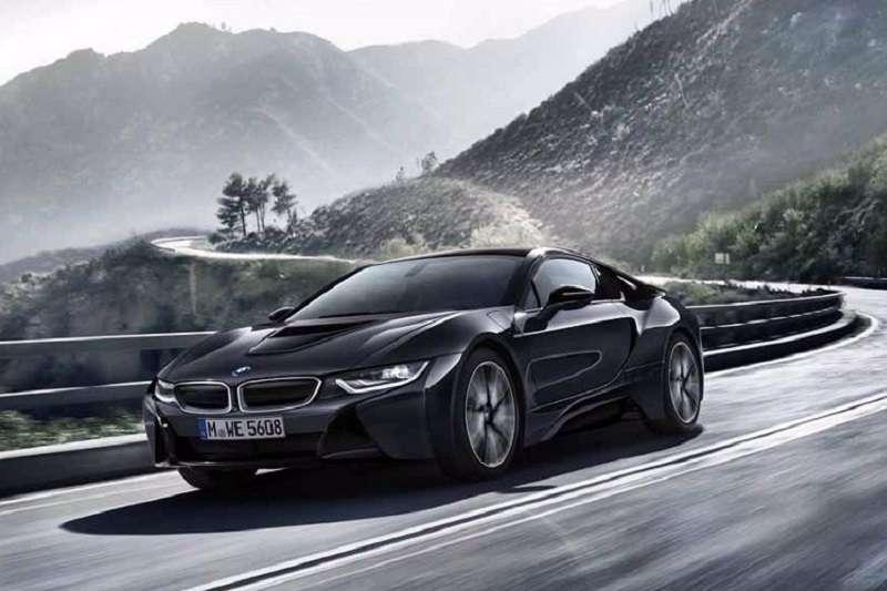 2017 BMW i8 Hybrid India