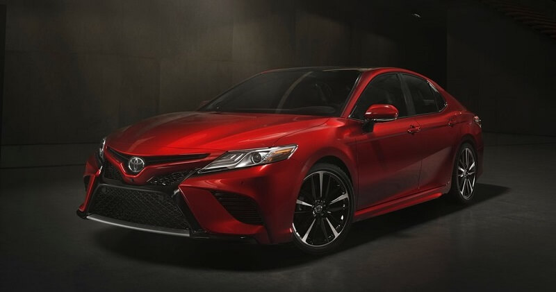New Toyota Camry 2018 in red colour