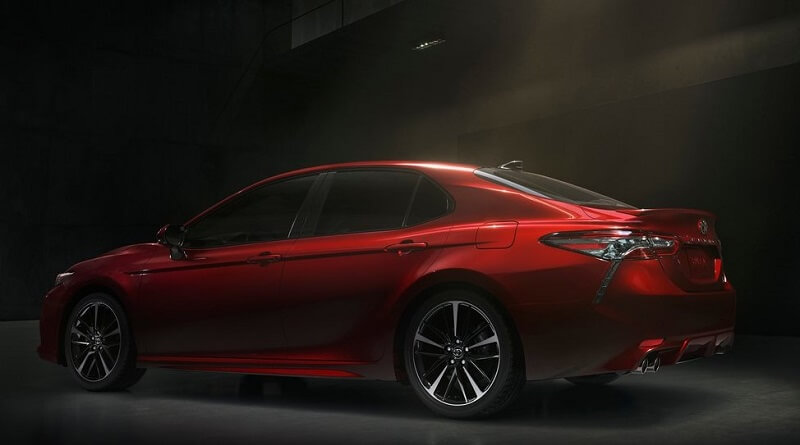 New Toyota Camry 2018 side profile