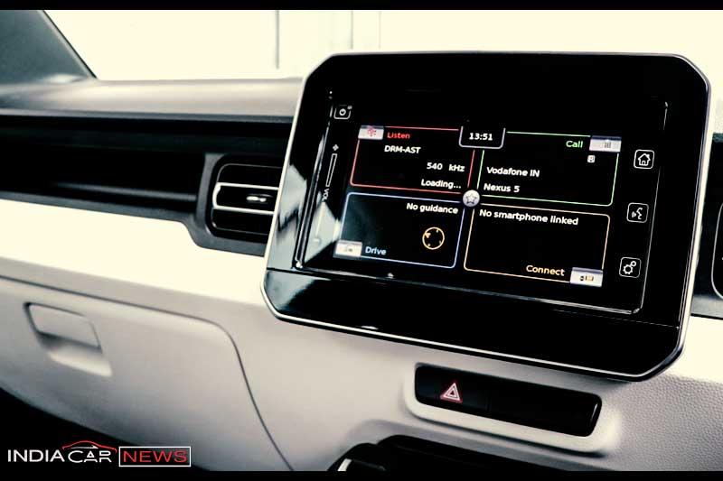 Maruti Suzuki Ignis Review infotainment system