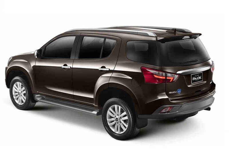 2017 Isuzu MUX India rear