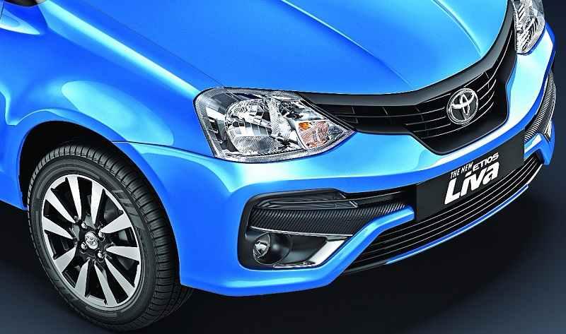 Toyota Etios Liva Dual tone front