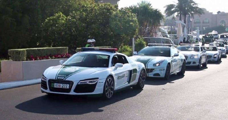 Dubai Police Audi R8 V10