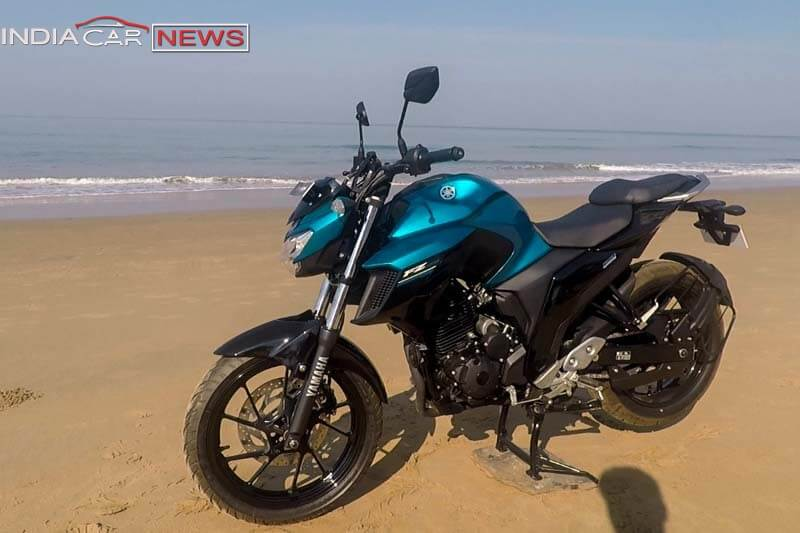 Yamaha FZ25 Review Side