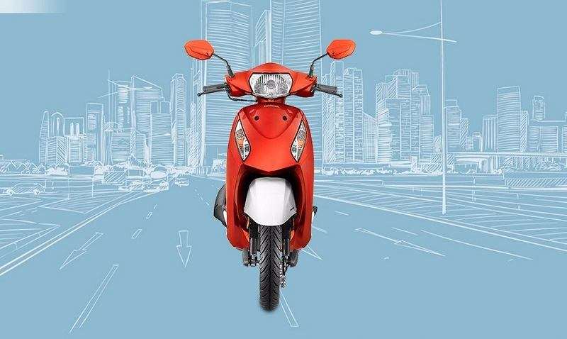 2017 Honda Activa i BS4 front