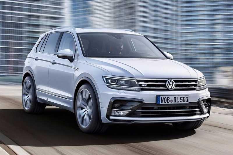 2017 Volkswagen Tiguan front side