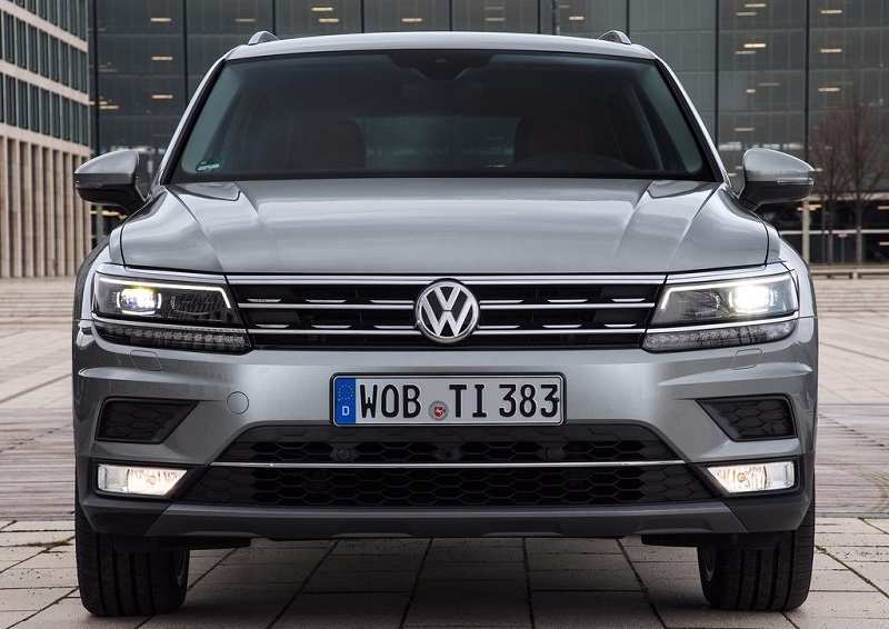 volkswagen tiguan exterior interior picture gallery. Black Bedroom Furniture Sets. Home Design Ideas