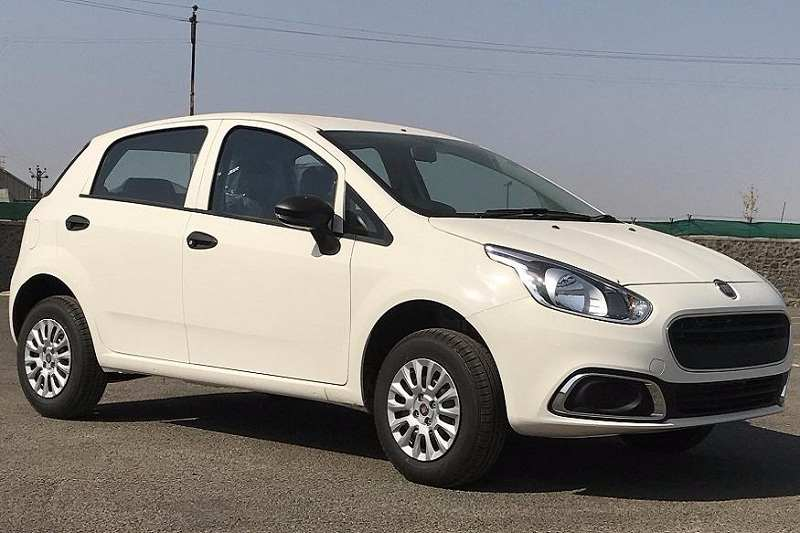Fiat Punto EVO Pure Price in India, Specifications, Features on fiat marea, fiat panda, fiat x1/9, fiat stilo, fiat 500 turbo, fiat spider, fiat cars, fiat doblo, fiat coupe, fiat barchetta, fiat bravo, fiat seicento, fiat ritmo, fiat multipla, fiat 500l, fiat cinquecento, fiat 500 abarth, fiat linea,