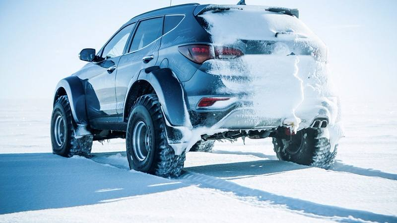 Hyundai Santa Fe On Antarctic Expedition 2
