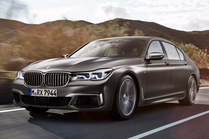 2017 BMW M760Li India front profile