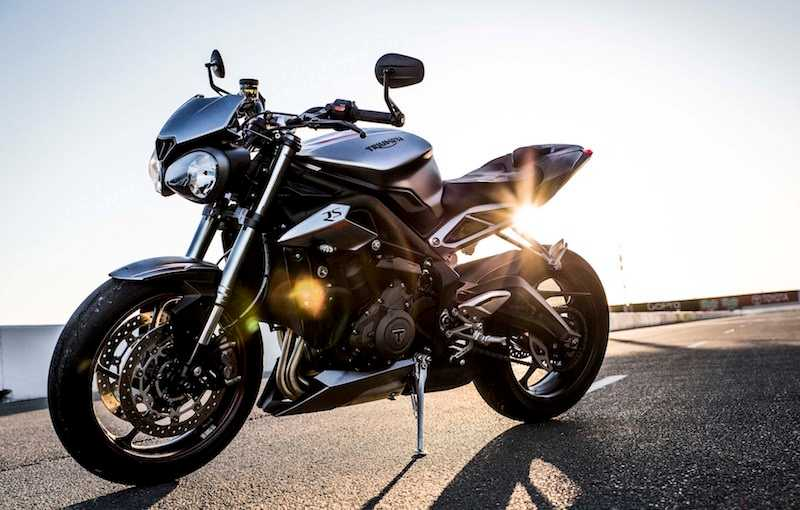 2017 Triumph Street Triple Side