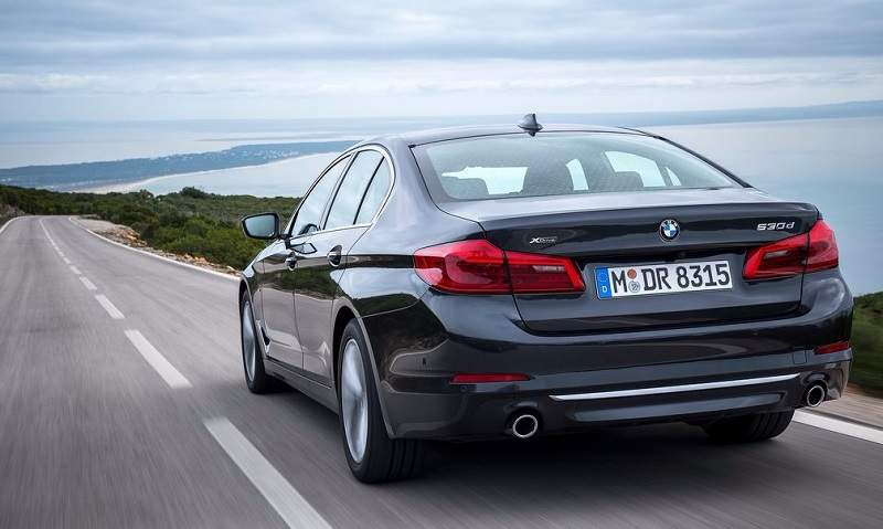 2017 BMW 5 Series India rear