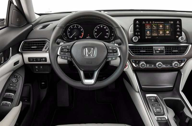 2018 Honda Accord India interior