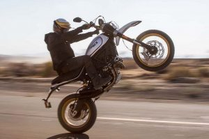 2017 Ducati Scrambler Desert Sled Stunt