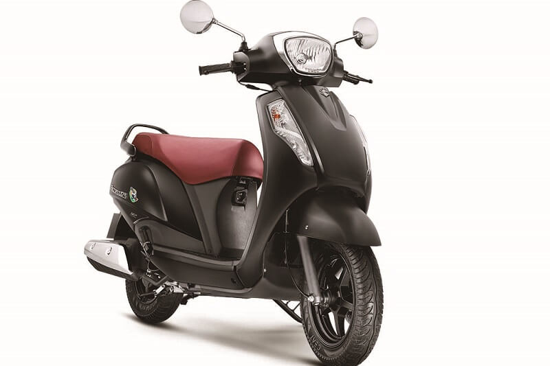 2017 Suzuki Access 125 Special Edition front
