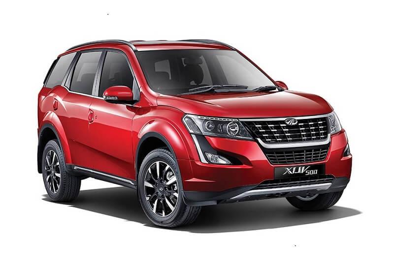 2018 Mahindra XUV500 1