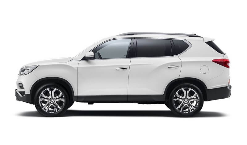 2018 SsangYong Rexton side profile