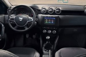 New Renault Duster 2018 interior revealed