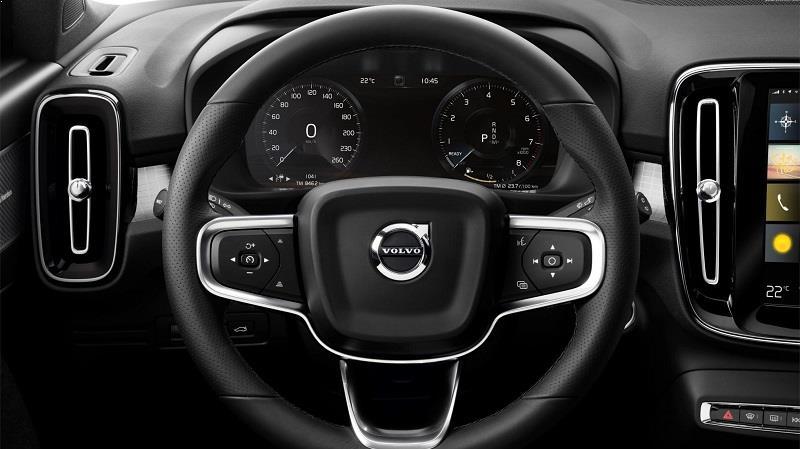 Volvo XC40 India interior features
