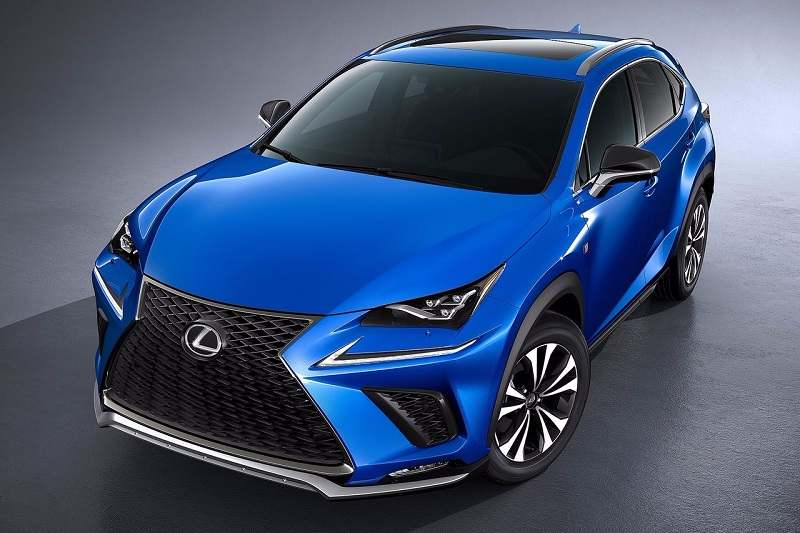 Lexus NX300h India features