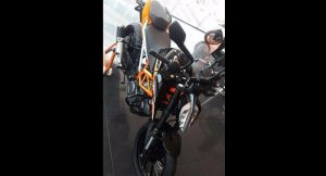 New KTM Duke 390 Black Edition spied 3