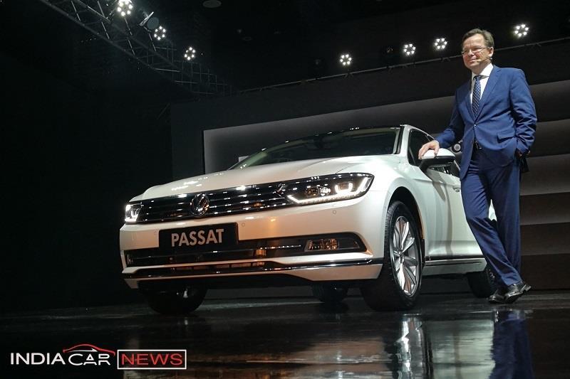 New Volkswagen Passat 2017 India 1