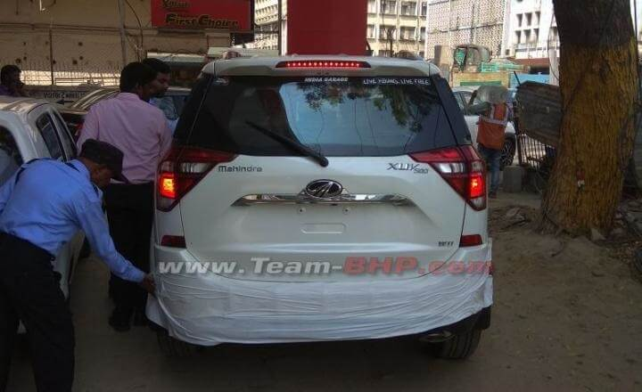 2018 Mahindra XUV500 Leaked rear (1)