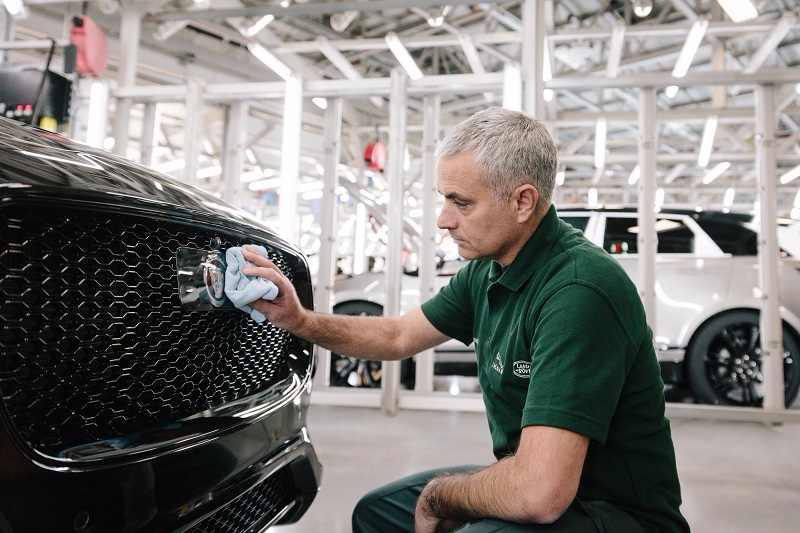 Jaguar F-PACE José Mourinho Surprise Visit 2