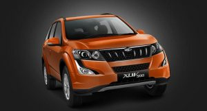 Mahindra XUV500 Front Side Profile (1)