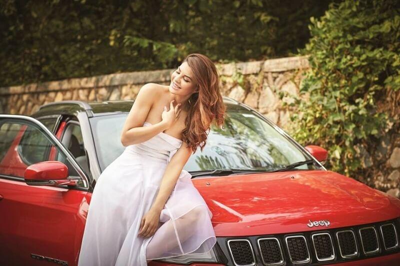 Jacqueline Fernandez Jeep Compass