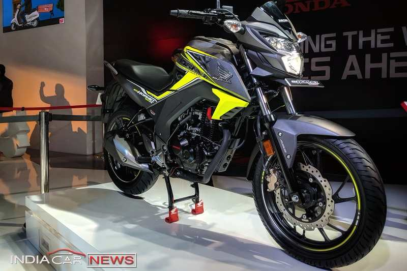2018 honda cb hornet 160r abs price specifications features. Black Bedroom Furniture Sets. Home Design Ideas