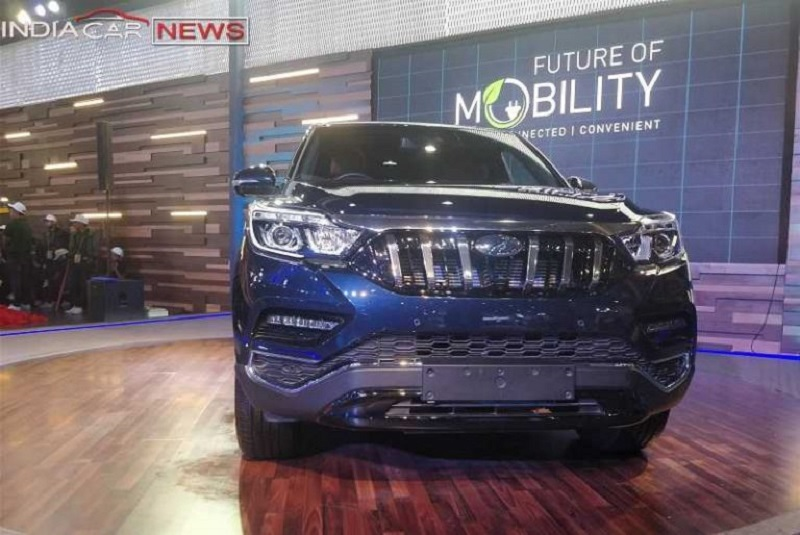 Mahindra XUV700 First Look