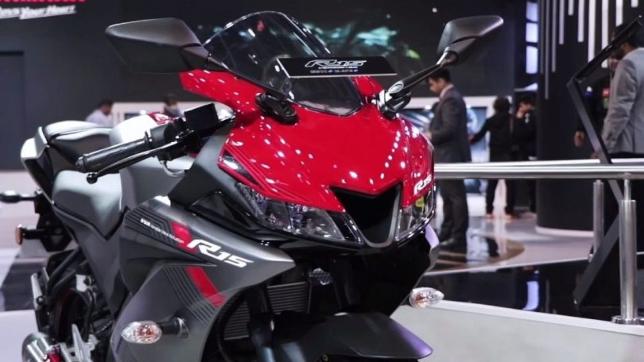 2018 Yamaha R15 V3 Price, Specifications, Top Speed, Mileage
