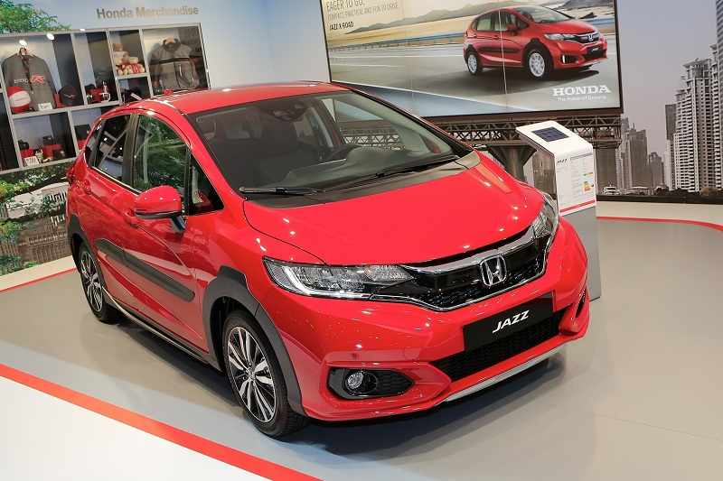 honda jazz x road unveiled pictures specs features india car news. Black Bedroom Furniture Sets. Home Design Ideas