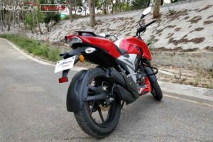 TVS Apache RTR 160 Review Handling