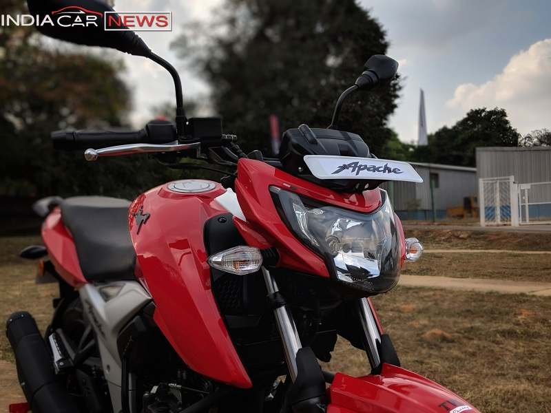TVS Apache RTR 160 Review Specs