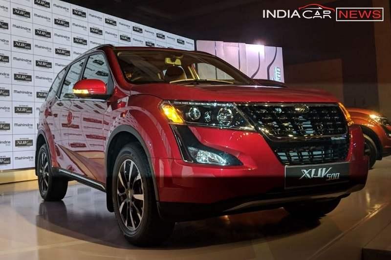 2018 Mahindra XUV500 Features