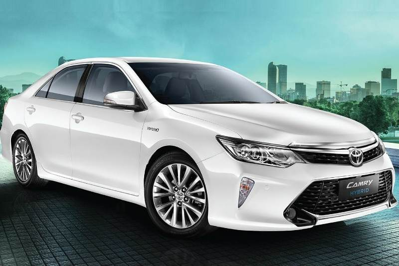 2018 Toyota Camry Hybrid Features