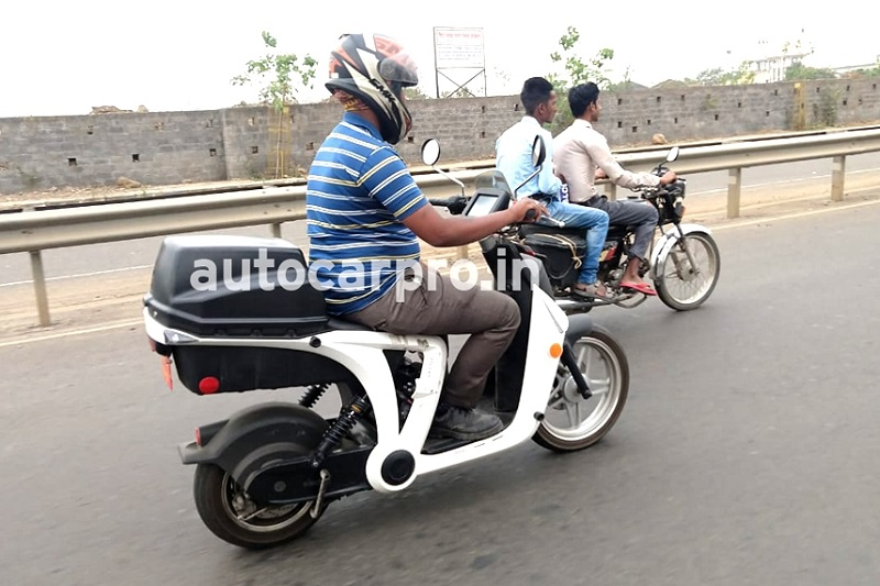 Mahindra Genz Electric Scooter Spied