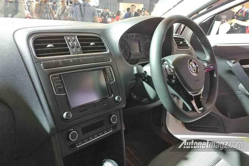 Volkswagen Polo VRS Interior