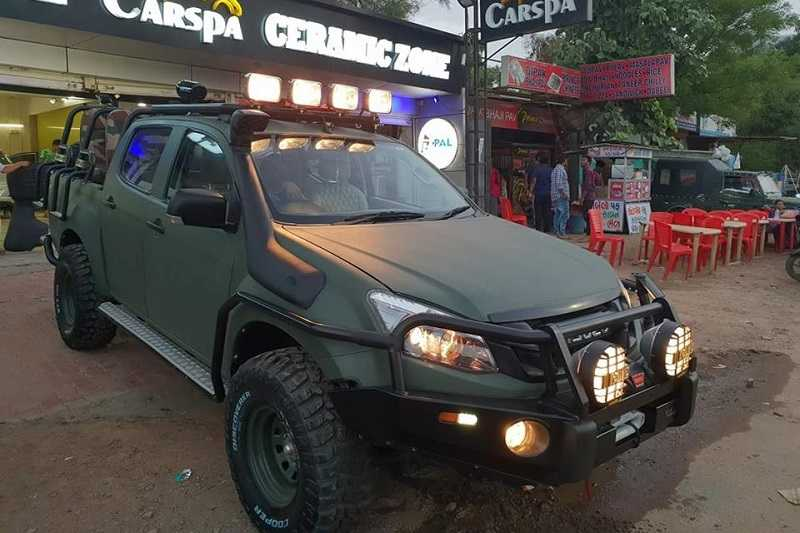 Modified Isuzu DMax VCross 9 seater