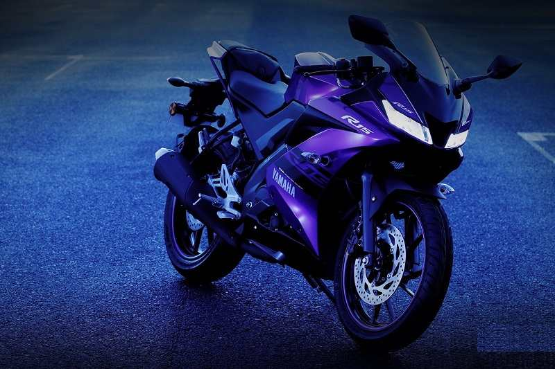 2018 Yamaha YZF R15 V3 0 Gets Expensive By Rs 2,000