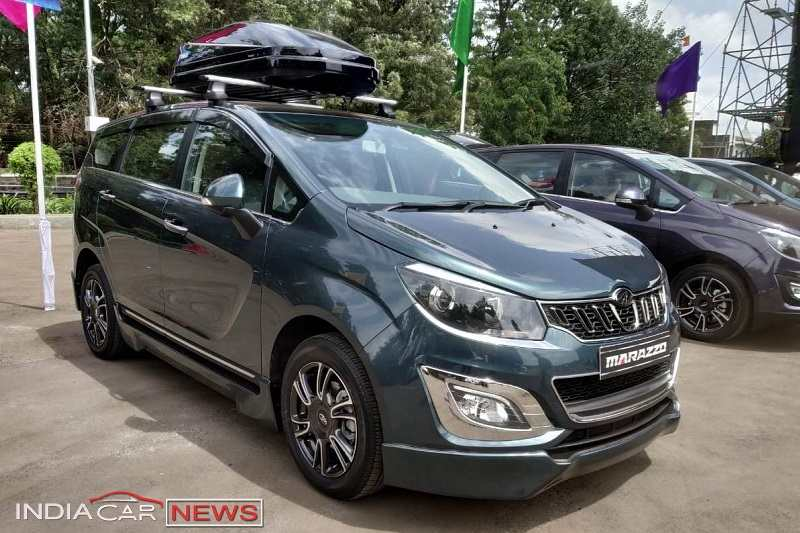 Mahindra Marazzo Accessory Package